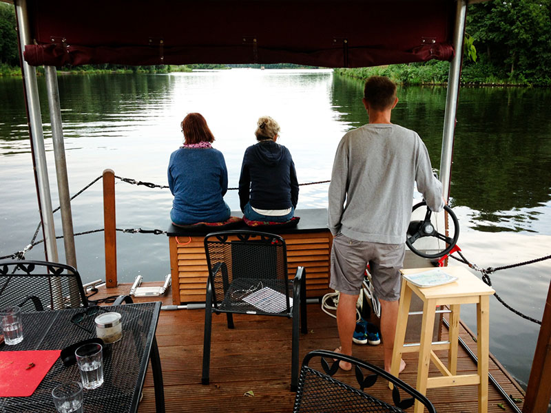 hausboot sur la Havel à Berlin - le blog sur Berlin - Photo copyright Didier Laget