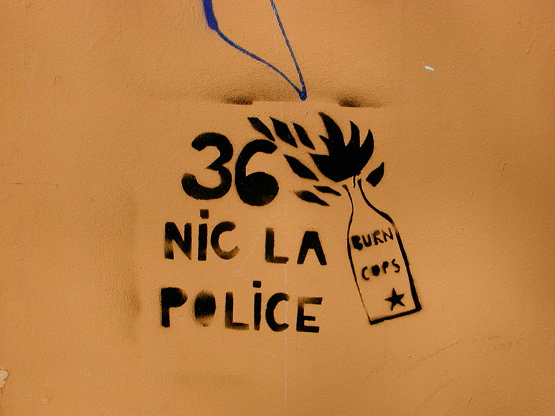 36-nic-la-police-A berlin - Photo copyright Didier Laget