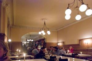 Restaurant à Berlin A berlin - Photo copyright Didier Laget
