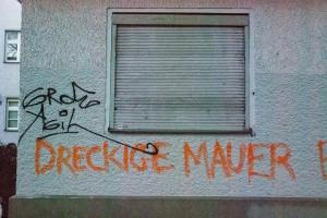 Dreckige-mauer A berlin - Photo copyright Didier Laget
