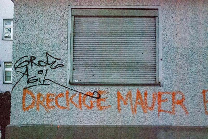 Dreckige-mauer A berlin - Photo copyright Didier Laget