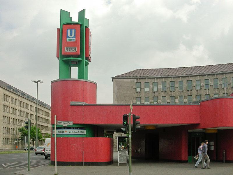 Fehrbelliner-Platz A berlin - Photo copyright Didier Laget