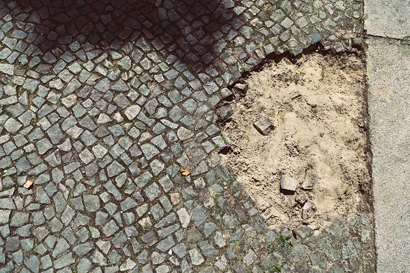 Le sol de la Fidicinstrßae - Photo Didier Laget