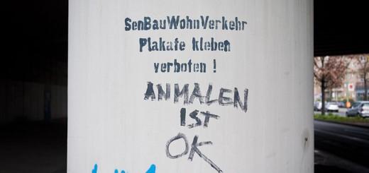 Plakate-kleben-Verboten A berlin - Photo copyright Didier Laget