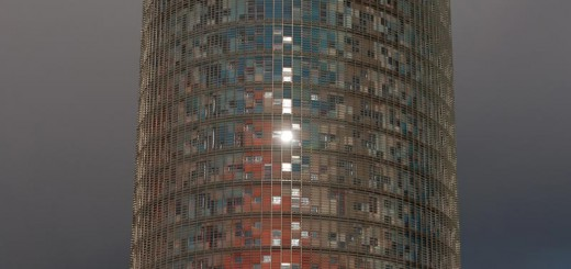 Torre-Agbar A berlin - Photo copyright Didier Laget
