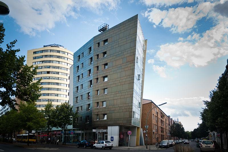Zaha Hadid IBA Housing - - Photo copyright Didier Laget