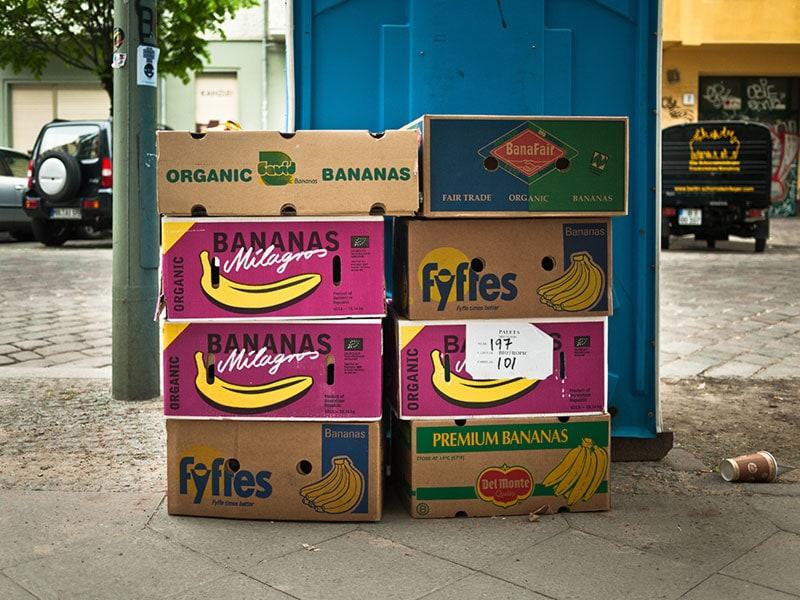 Cartons de bananes - Photo Didier Laget