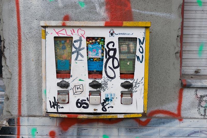 boîtes-à-carries A berlin - Photo copyright Didier Laget