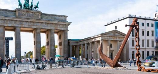 geants A berlin - Photo copyright Didier Laget