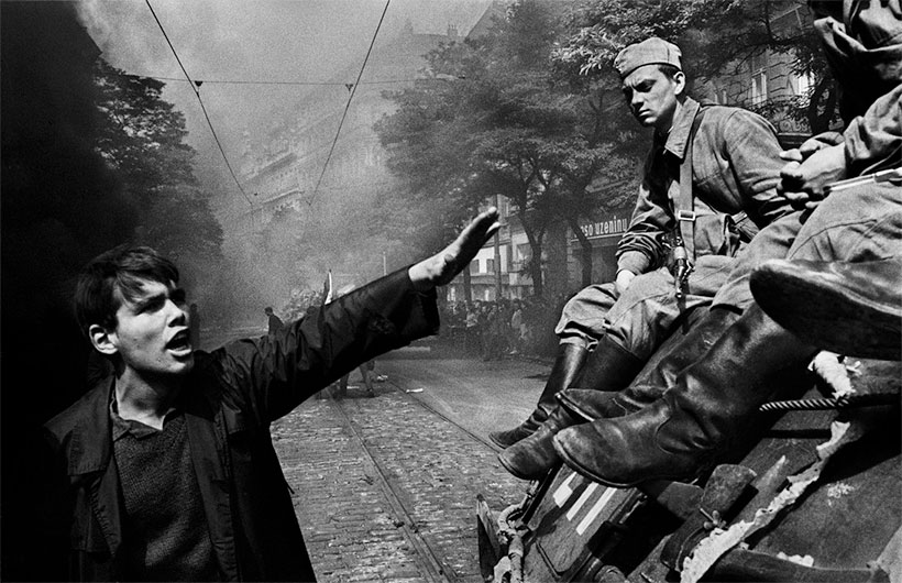 Invasion - Photo Josef Koudelka