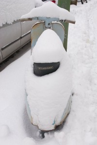 neige-vespa A berlin - Photo copyright Didier Laget