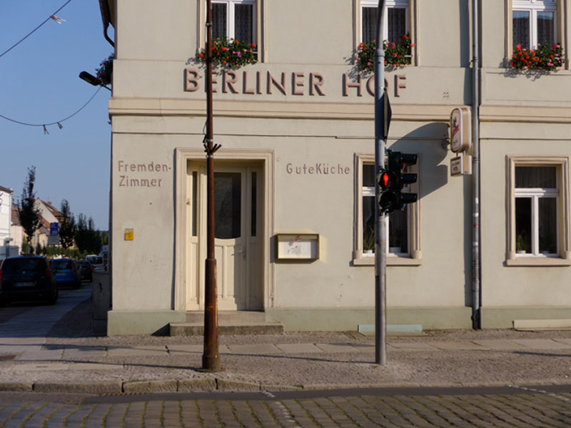 Neuruppin - Berliner Hof : Fremdenzimmer, Gute Küche - Photo Didier Laget