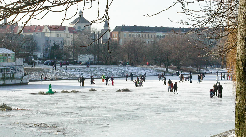 patin-canal- A berlin - Photo copyright Didier Laget