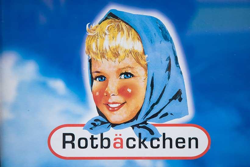 Rotbäckchen, les joues rouges et heureuses