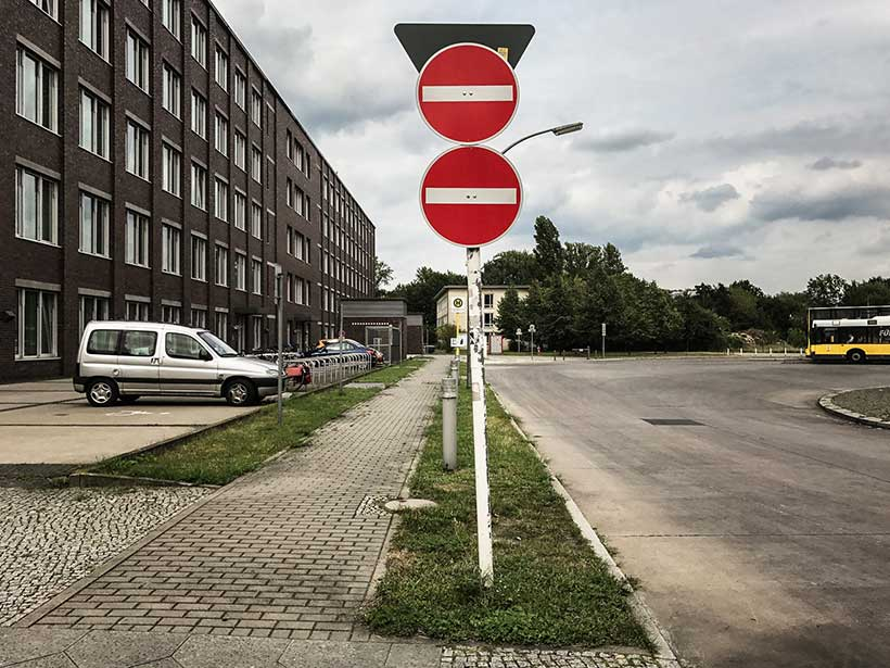 sens-unique - Photo Didier Laget