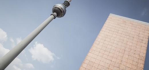 Photo de la Tour de TV qui n'a rien à voir avec Carla Bruni à l'UdK