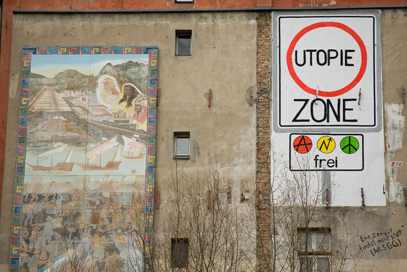 Twitter mural le blog de berlin en fran ais berlin for Mural en francais