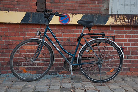 velo-vieux A berlin - Photo copyright Didier Laget