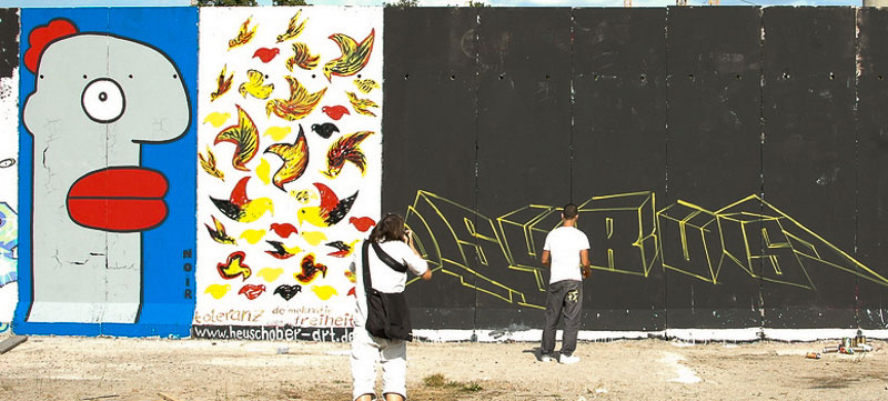 write-the-wall A berlin - Photo copyright Didier Laget